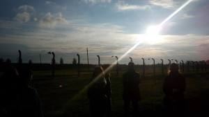 Aj na hrôzostrašnom mieste môže byť nádherný západ Slnka. Foto: KB